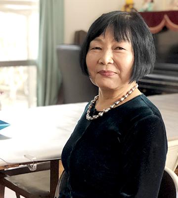 公益財団法人 母と学生の会 理事長 中山眞理子